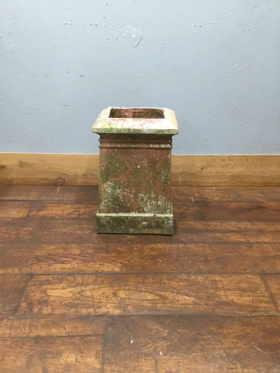 Rectangular Base Chimney Pot