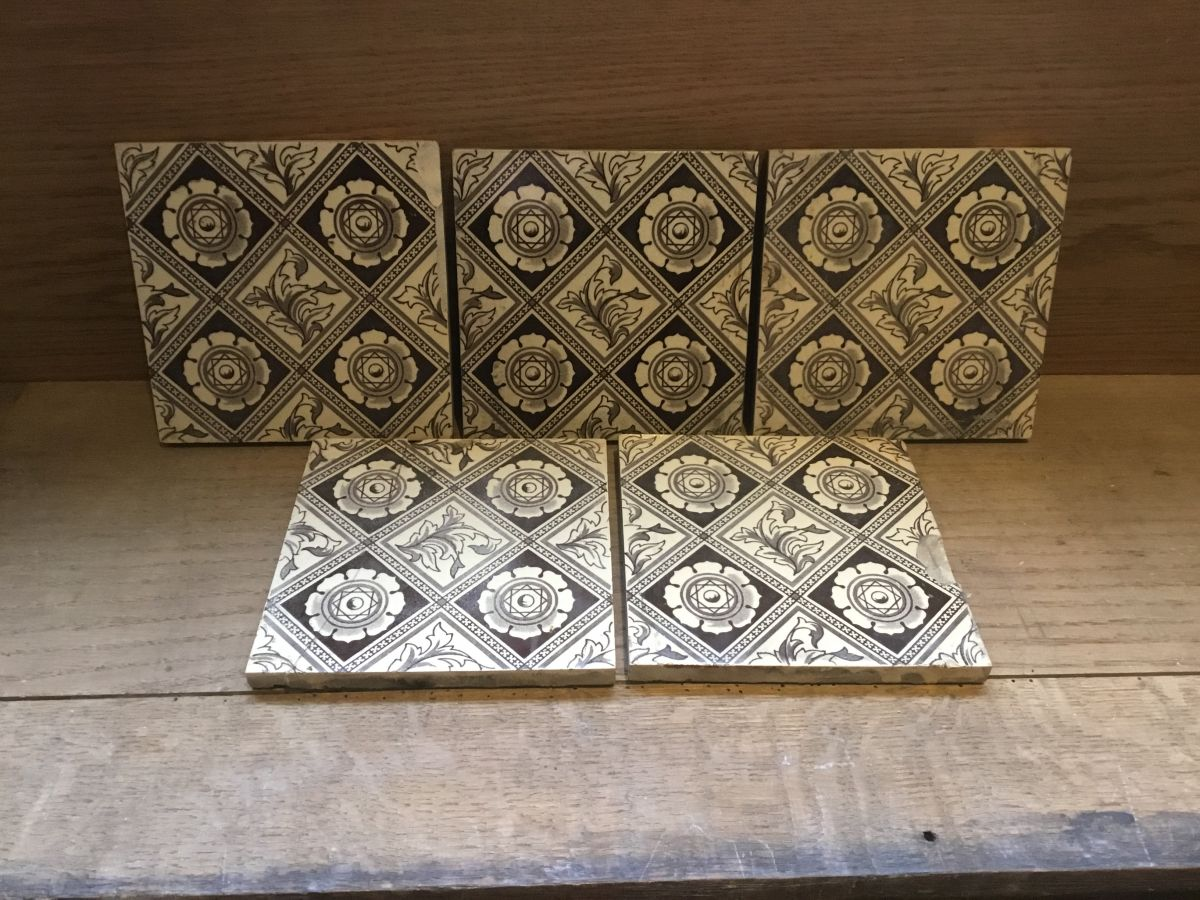 Brown & White Diamond Floral Pattern Tiles