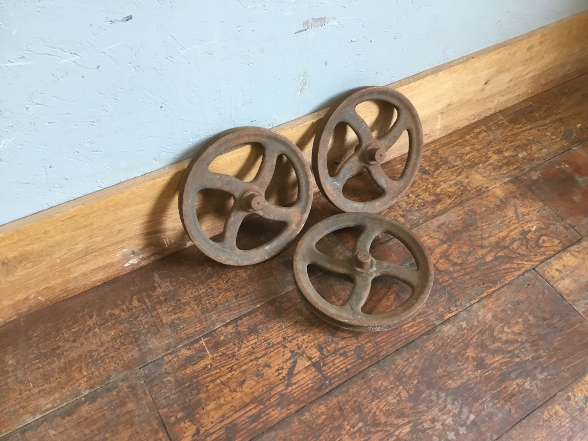 Cast Iron Curved Bar Wheels