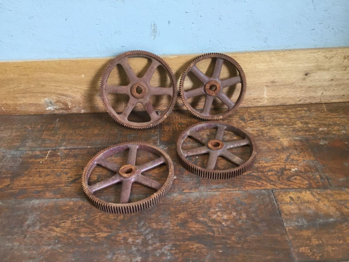 Cast Iron Cogs