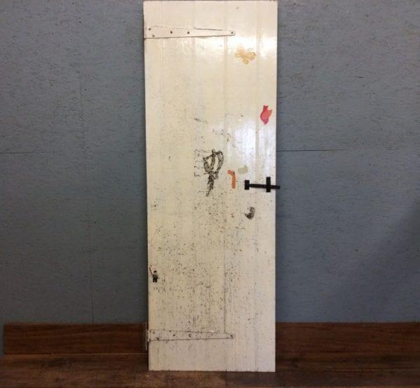 Ledge & Braced Door Pale Yellow