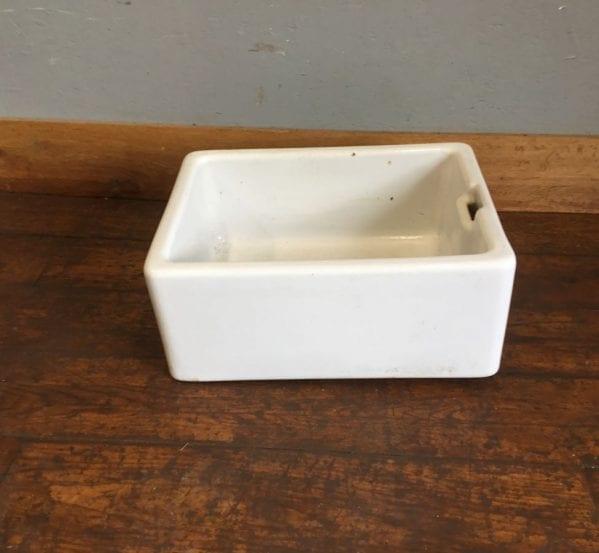 Chipped Reclaimed Belfast Sink