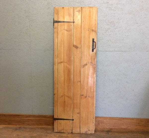 Pine Narrow L&B Door