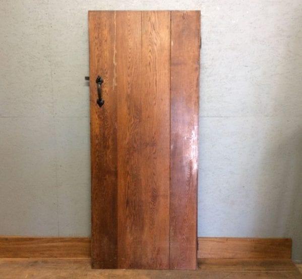 NICE Oak L&B Door (slight gap)
