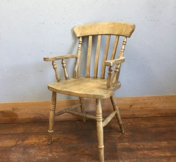 Farmhouse Armed Chair