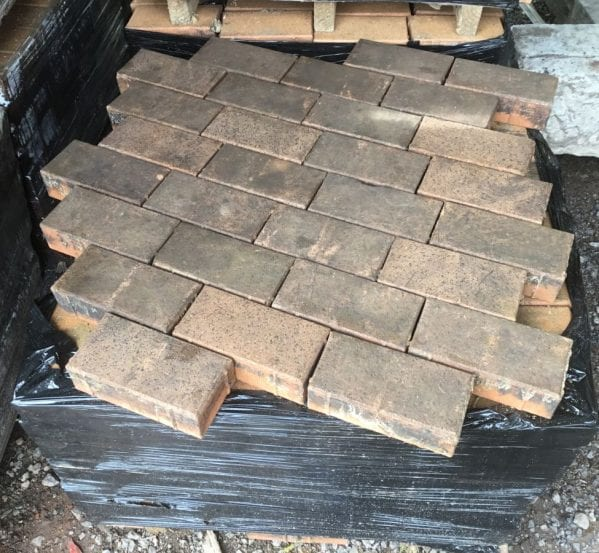 Pale Wire Cut Block Pavers