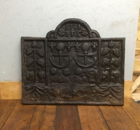 1588 I.F.C Cast Iron Fire Back