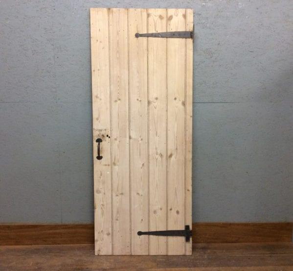 V Nice V Light Pine Ledge & Brace Door
