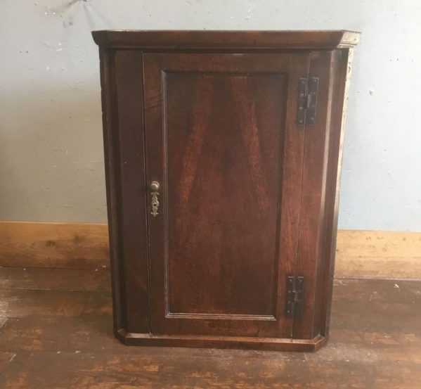 Lockable Corner Cupboard