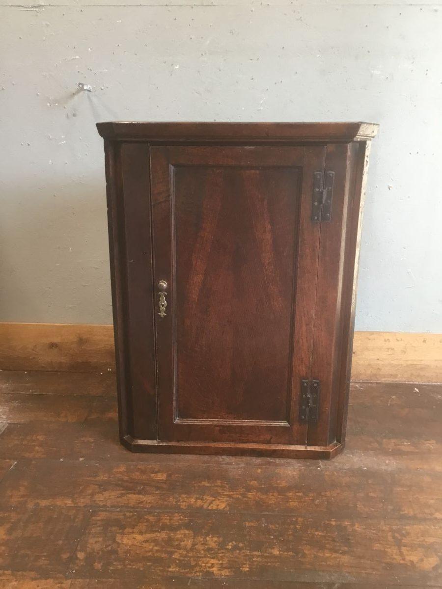 Lockable Corner Cupboard