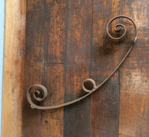 Wrought Iron Scroll Detail Bracket