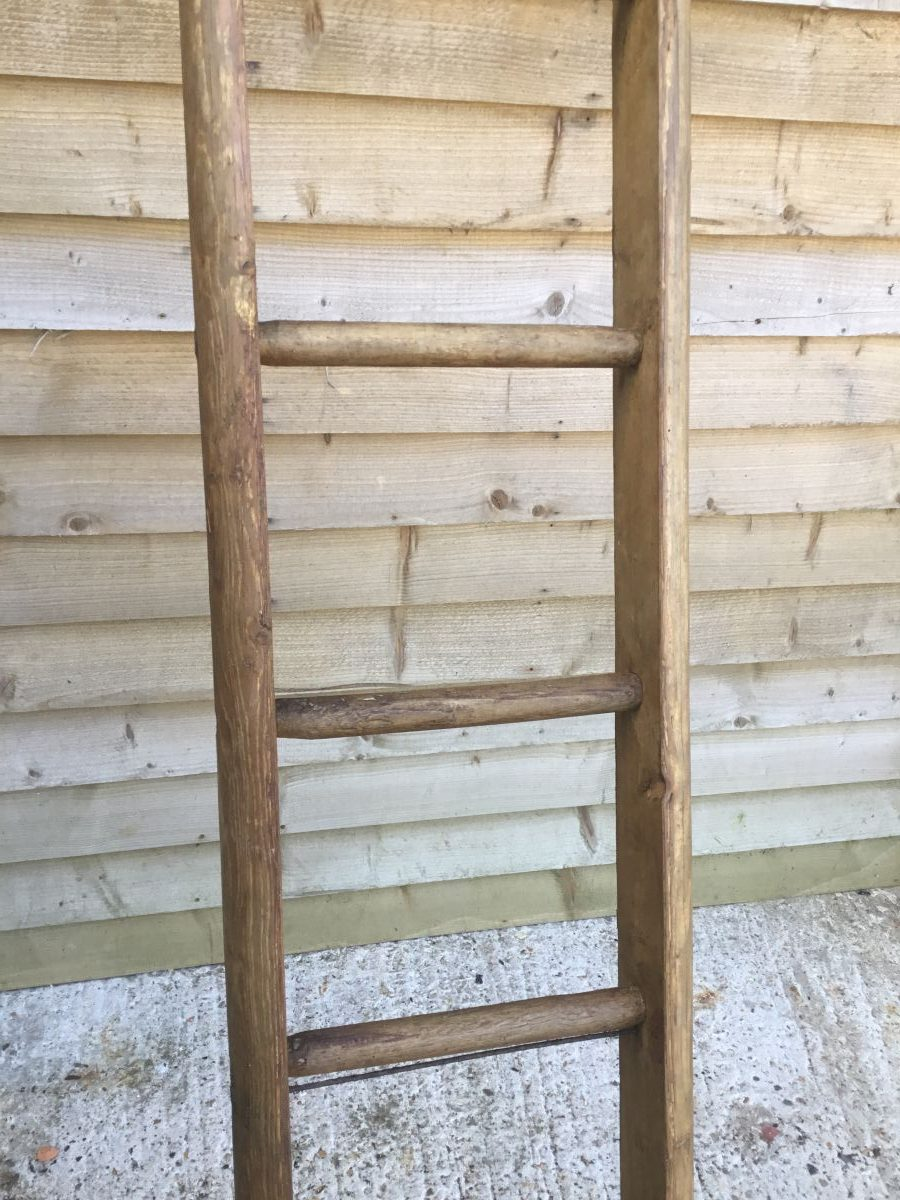 Round Rung Wooden Ladder