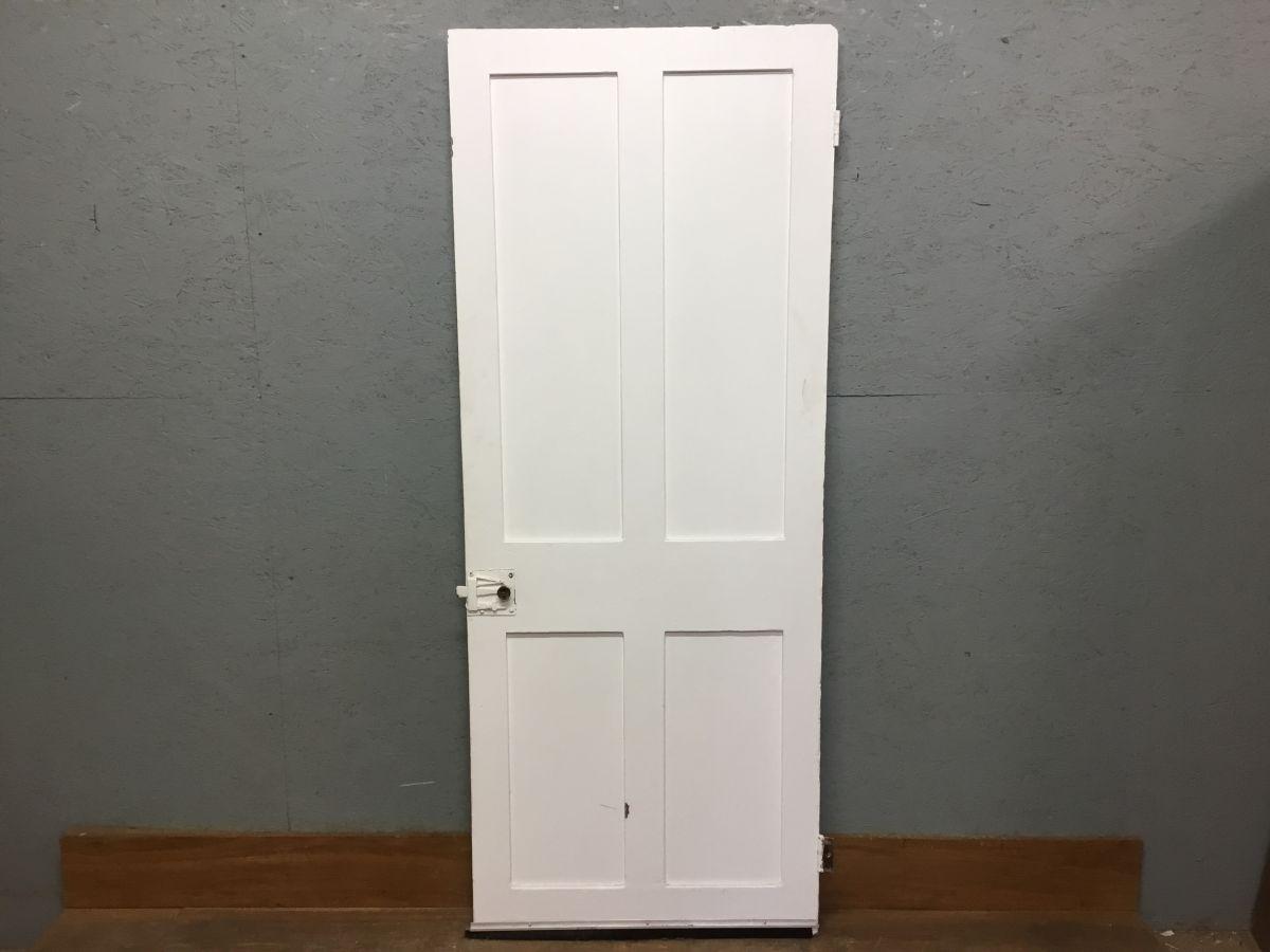 V Nice White 4 Panel Door