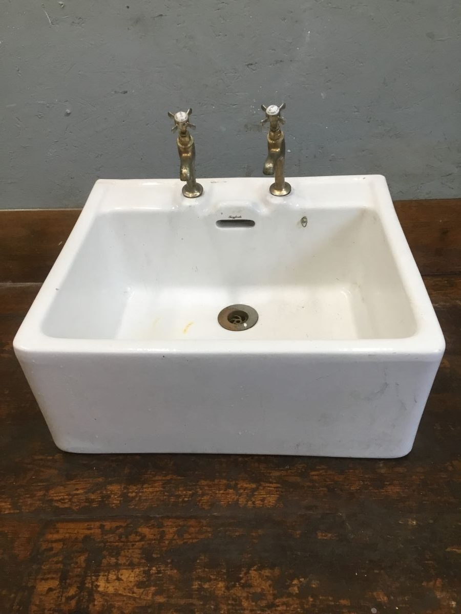 Butler Sink With Taps