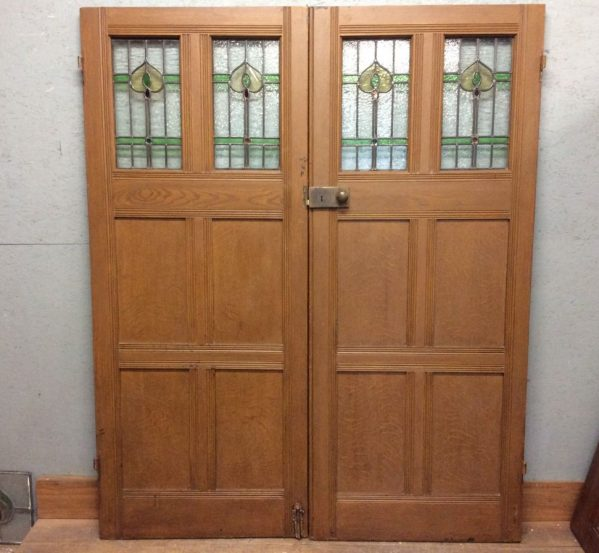 Plush Oak Stained Glass Double Doors
