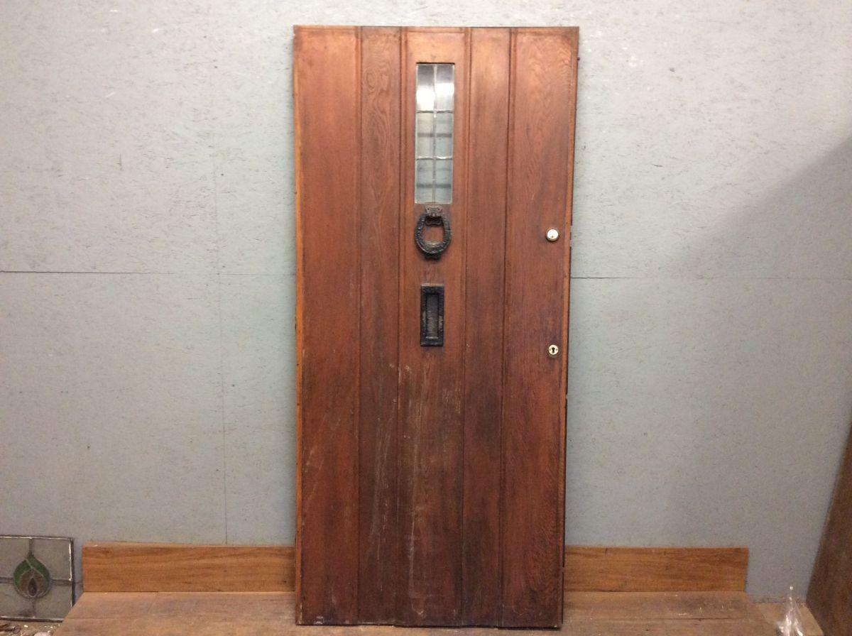 Oak Horse Shoe Knocker Door