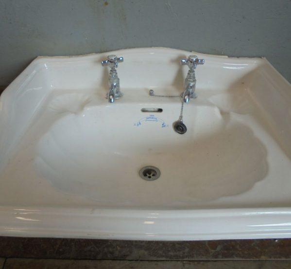 Large sink