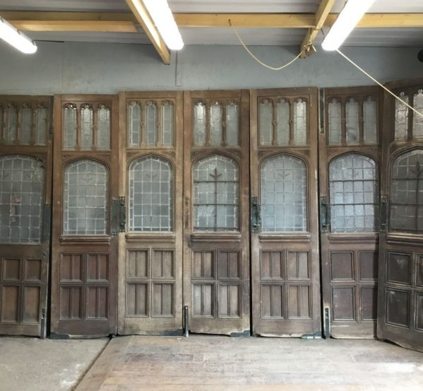 majestic oak door set