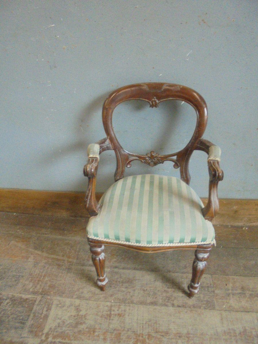 Varnished Oak Upholstered Chair