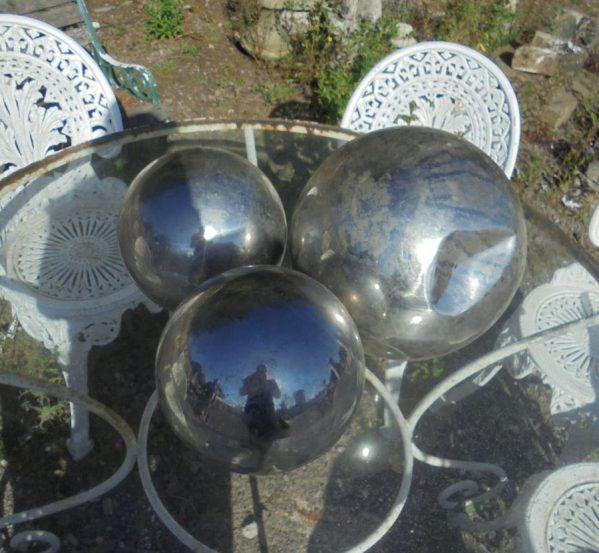 Silver garden balls
