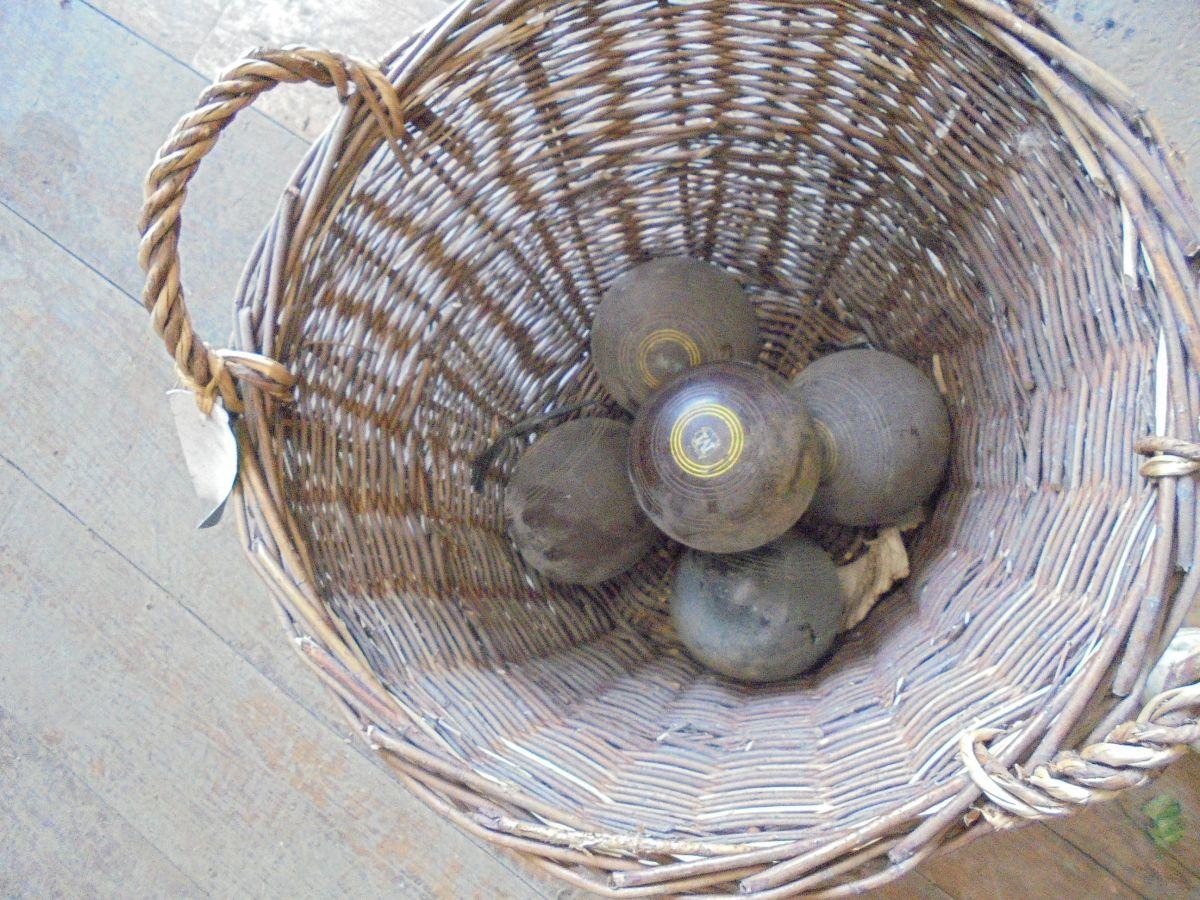 Henselite Lawn Bowls