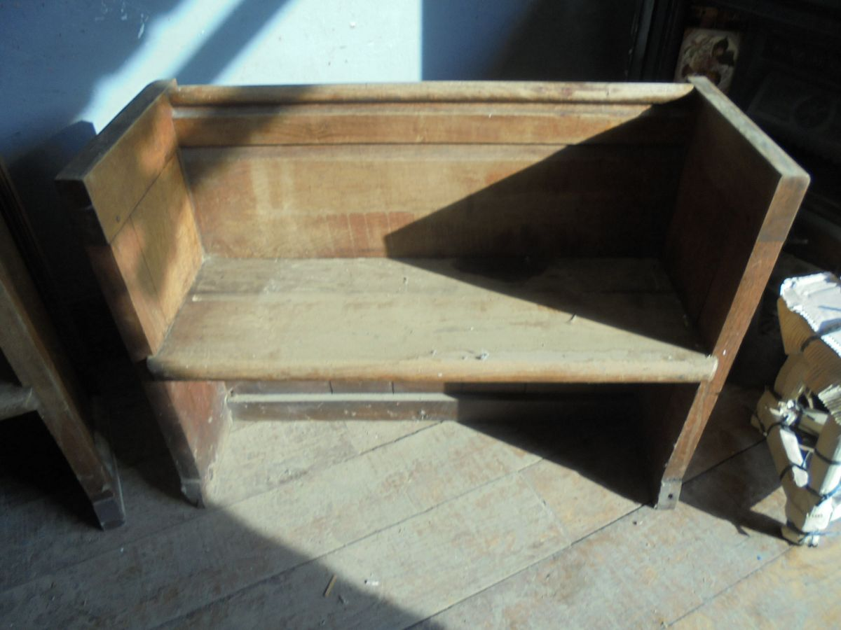 2 - Seat Church Pew