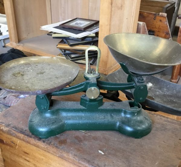 Green Weighing Scales Set