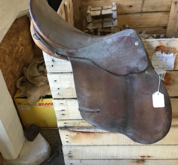 'Hayes' Leather Military Saddle