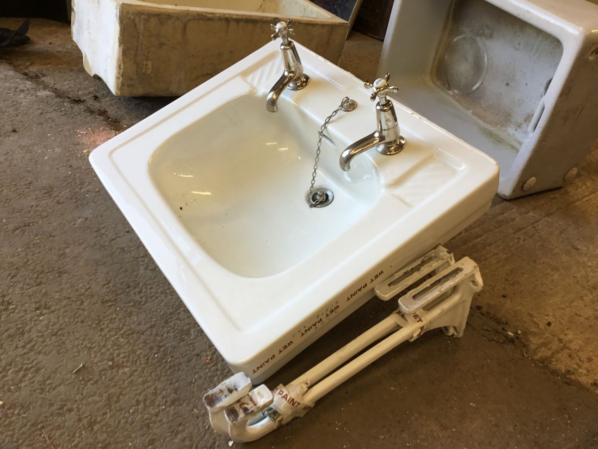 Large 27″ Sink