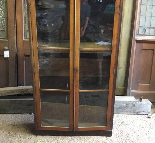 Glass Cabinet - removable shelves