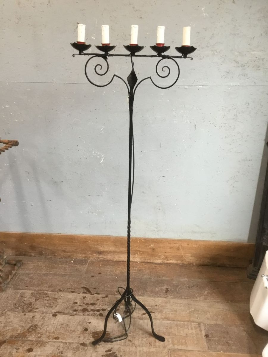 Candle Standing Light Feature
