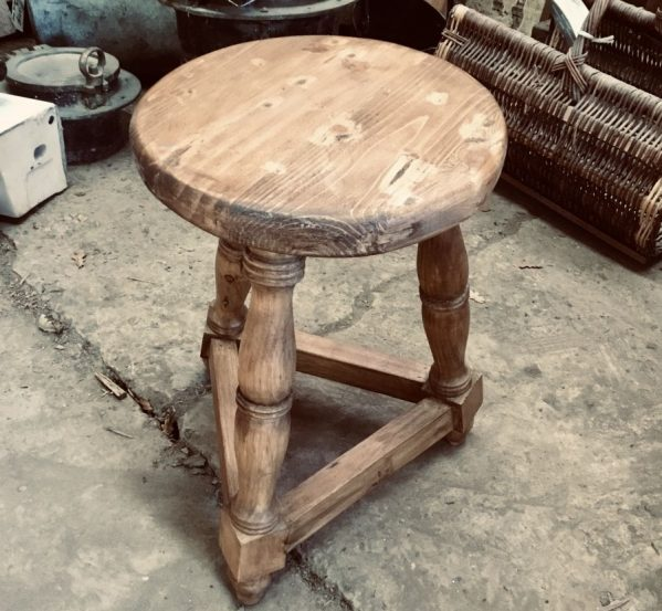 Pine varnished 3 leg stool