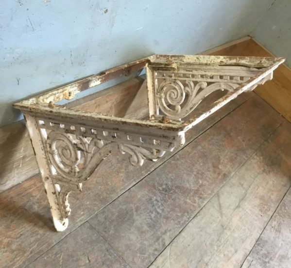 Decorative Sink Stand