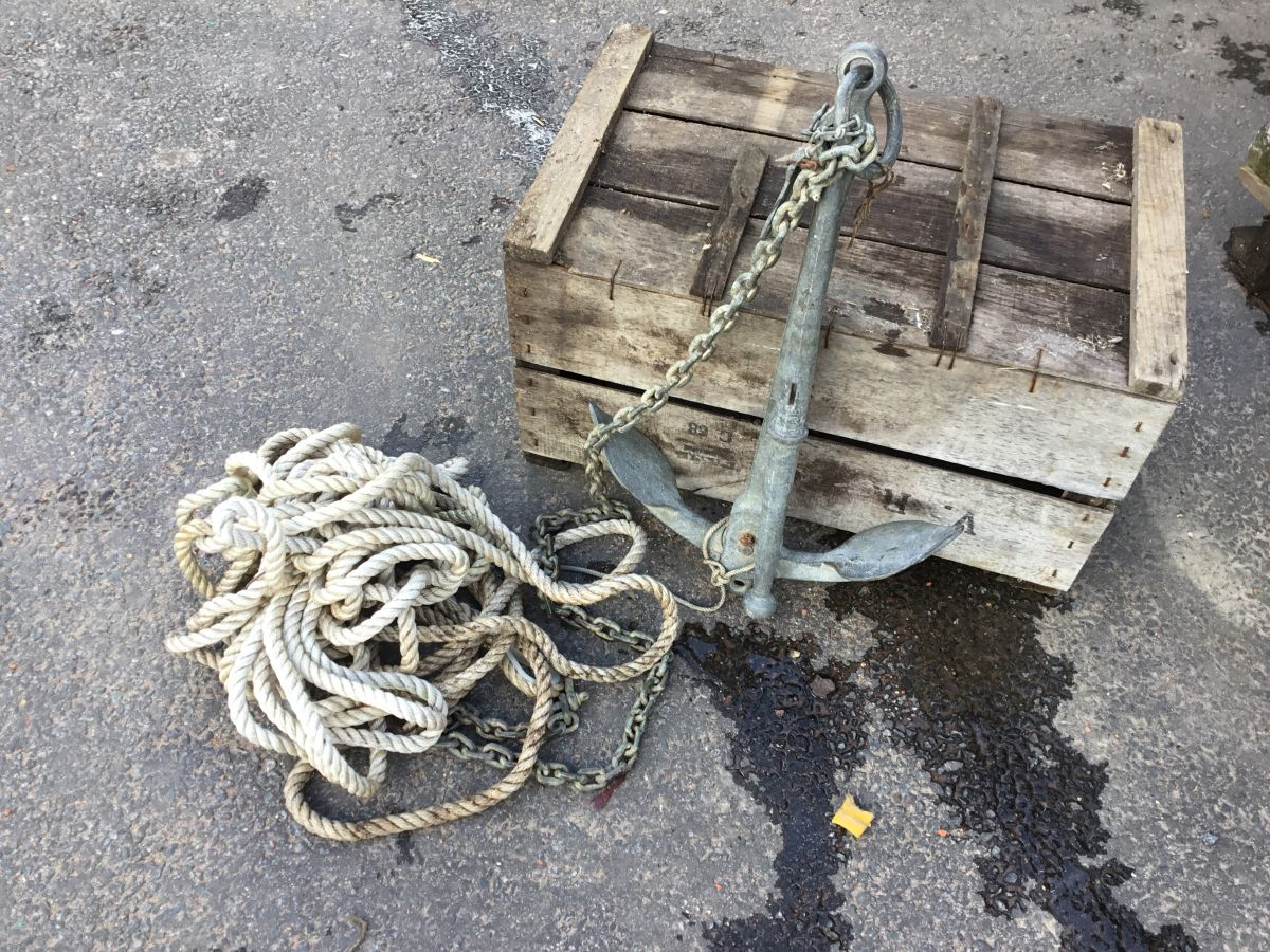 Metal Anchor and Chain