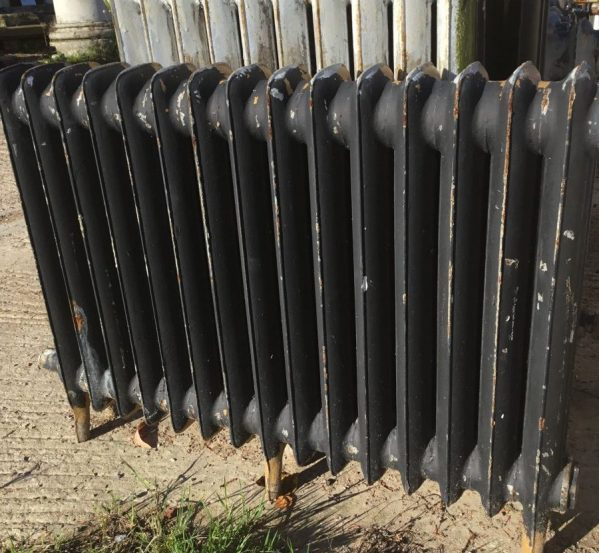Reclaimed Black/Brown Duchess Radiator