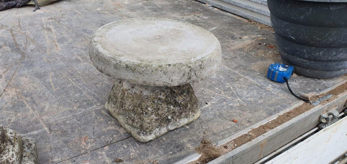 Round Stone Base