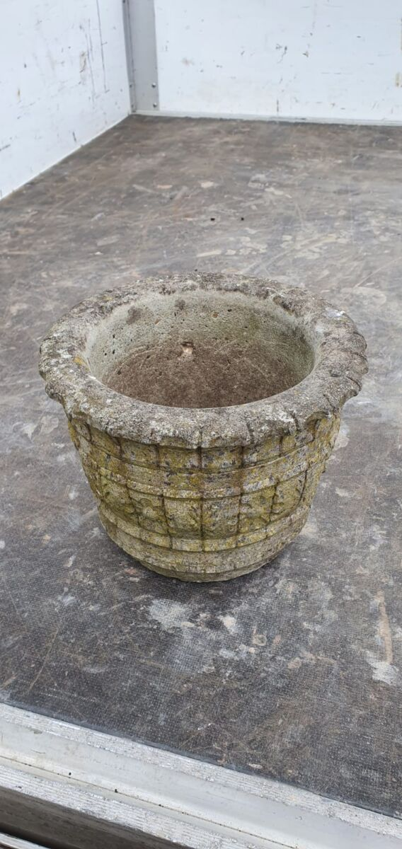 Small Pot With Floral Details