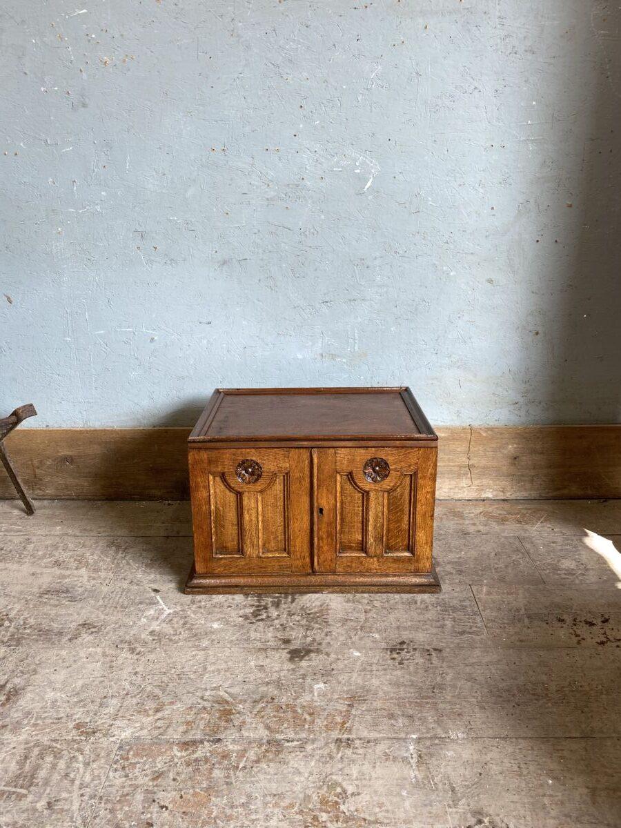 Waxed Oak Display Box