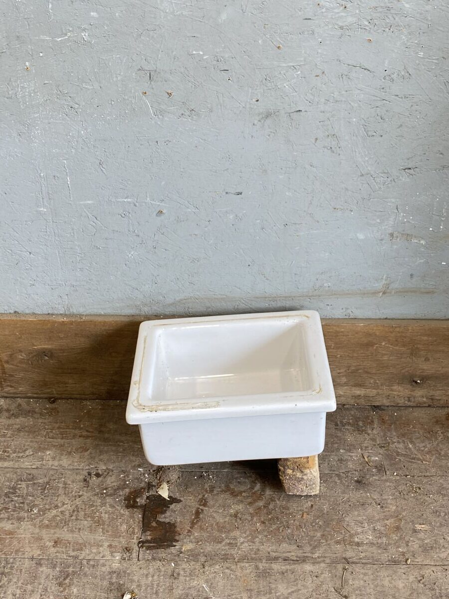 Reclaimed Small Butler Sink