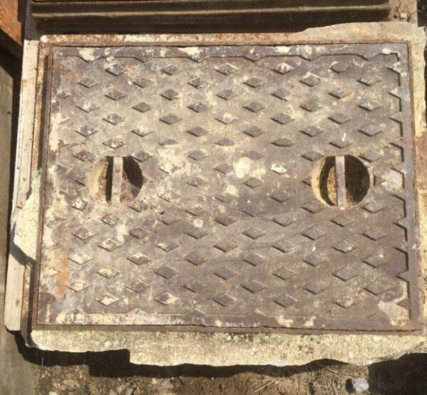 Reclaimed Diamond Man Hole Cover