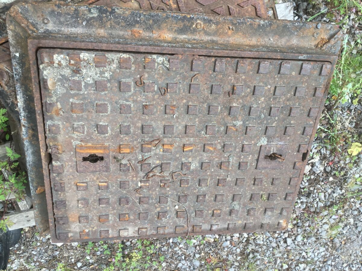 Large Reclaimed Cast Iron Cover