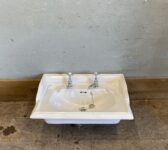 Reclaimed Heritage Sink With Taps