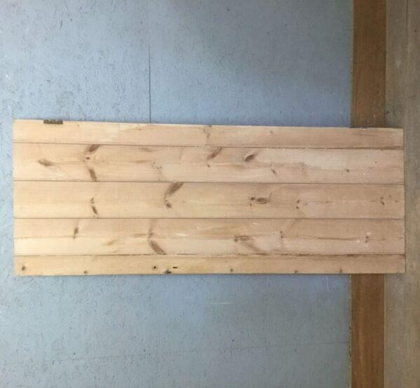 Small Pine Ledge & Brace Door
