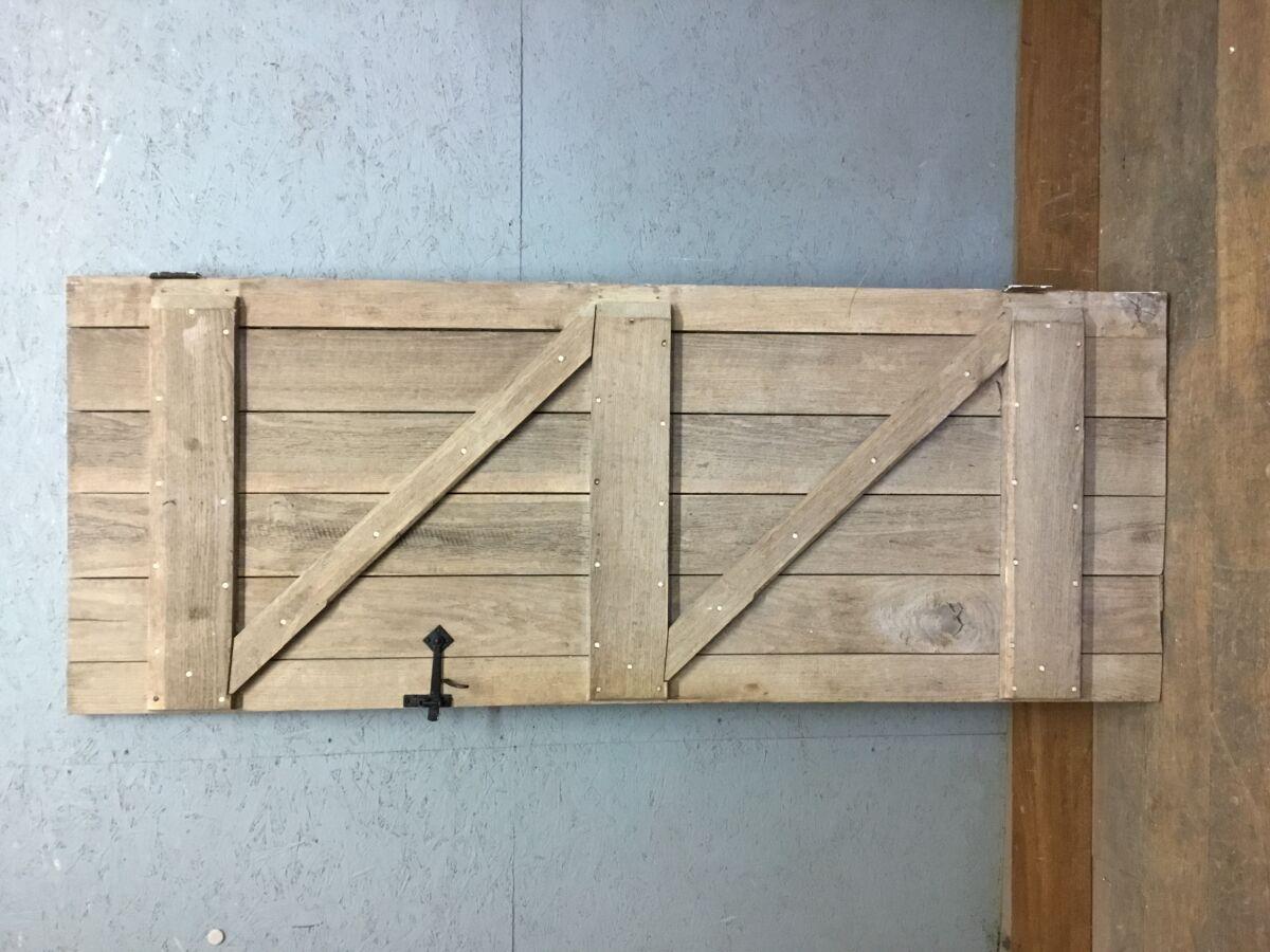 Stripped Oak Ledge & Brace