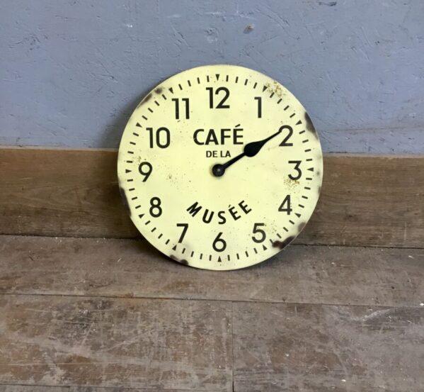 """Vintage """"Cafe De La"""" Clock Musee"""