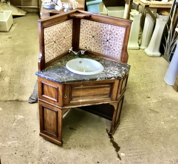 Victorian Corner Washstand